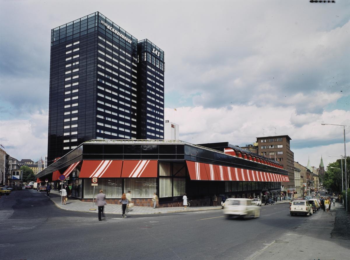 Group no. 60-30-32-76  Picture no. 124703..SAS Hotell Scandinavia - Oslo.eksteriør