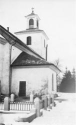 Foto av sakristian till Reftele kyrka.Nuvarande kyrka är up
