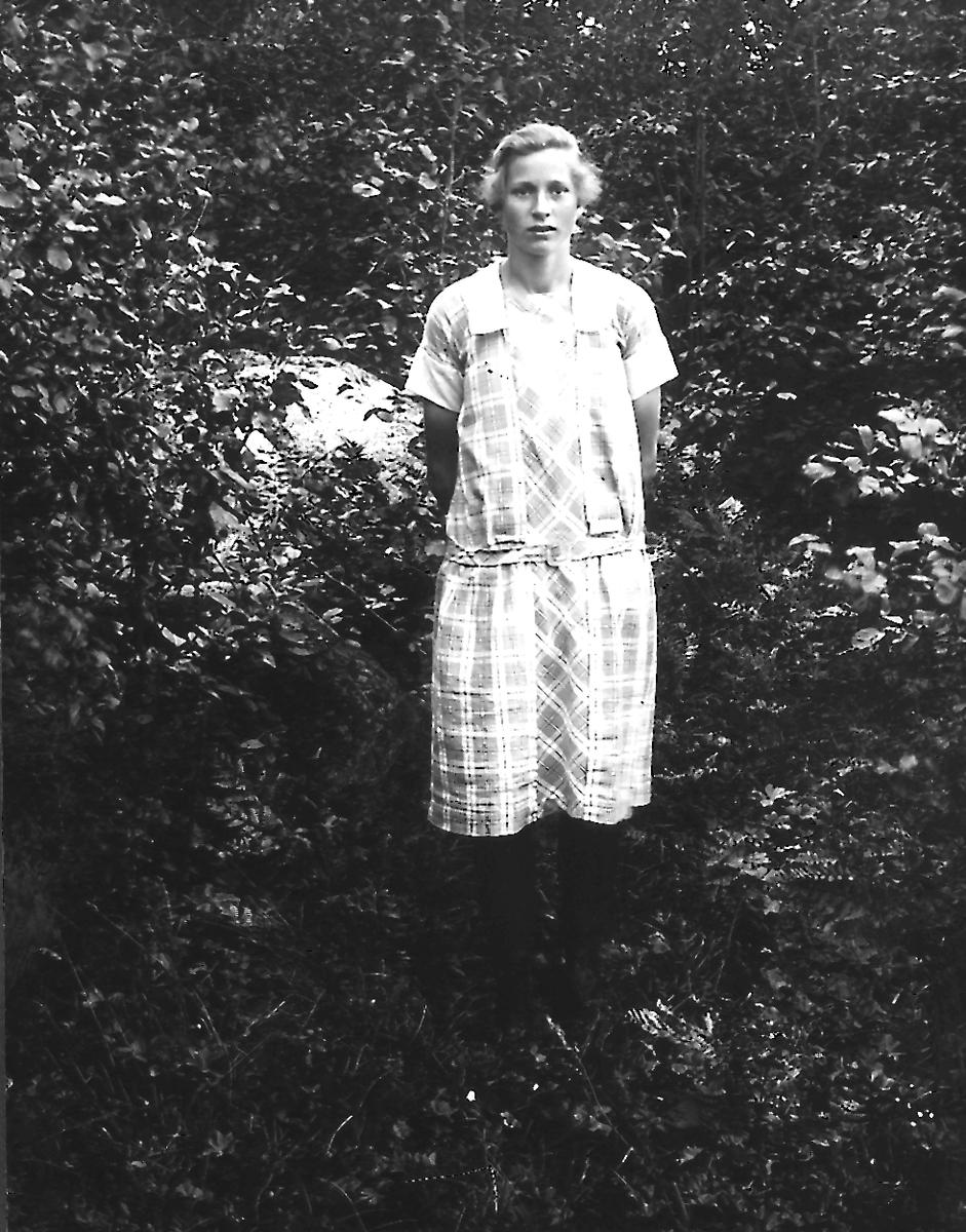 Nanna Englund, född den 4 april 1910, gift med Albin Jonsson.