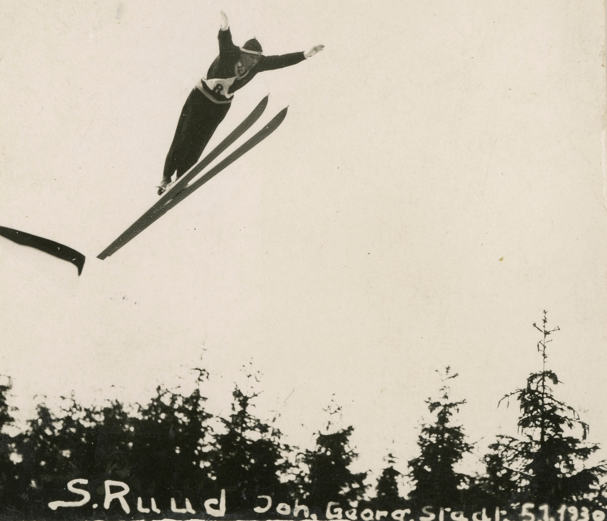 Athlete Sigmund Ruud jumping at Johangeorgenstadt