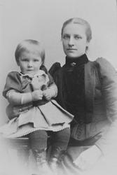 Portrett av mor og datter