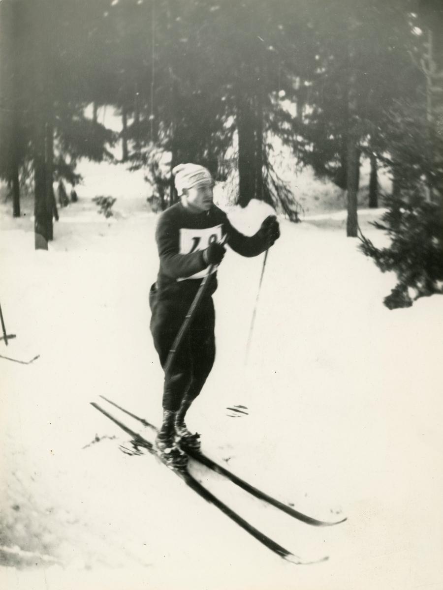 Skier Otto Aasen