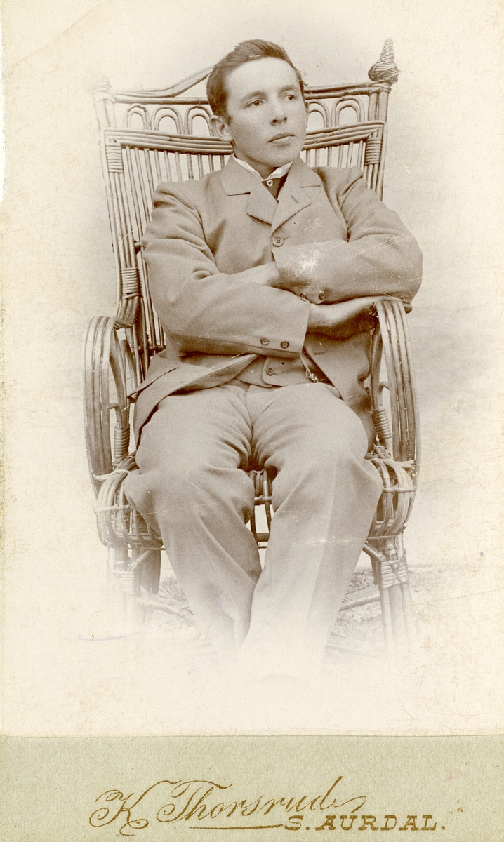 Eri O. Thorsrud.