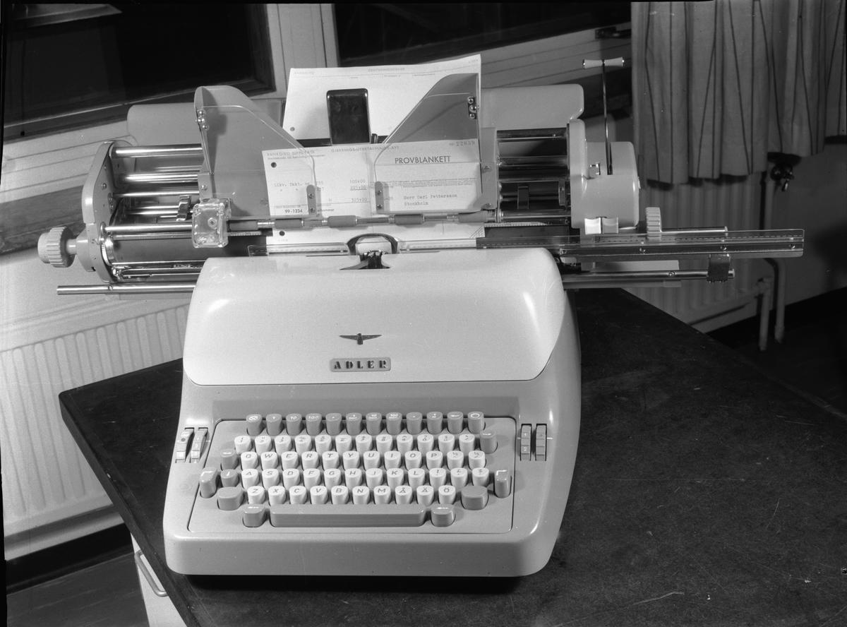 Adler bokföringsmaskin.    - Tekniska Museet   DigitaltMuseum 26987a6e1f3bd