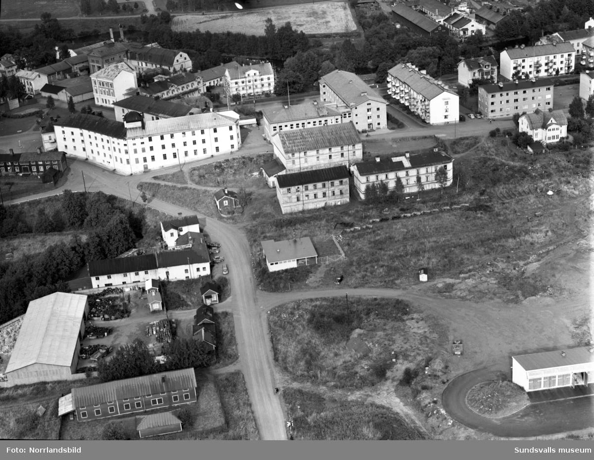 Flygfoto över Västermalm vid Åkroken och Grönborg.