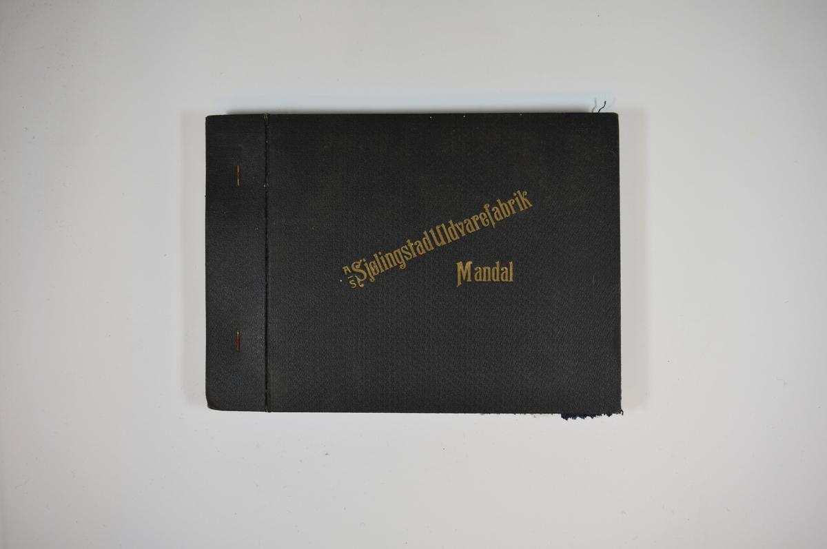 Prøvebok med 5 stoffprøver. Middels tykke stoff med diskret rutemønster. Stoffene ligger brettet dobbelt i boken slik at vraga dekkes. Stoffene er merket med en rund papirlapp, festet til stoffet med metallstifter, hvor nummer er påført for hånd. Innskriften på innsiden av forsideomslaget indikerer at alle stoffene har kvaliteten 167B.   Stoff nr.: 167B/50, 167B/51, 167B/52, 167B/55, 167B/57, 167B/58. (Stoffprøve 167B/55 er klippet ut så bare en liten stripe er igjen.)