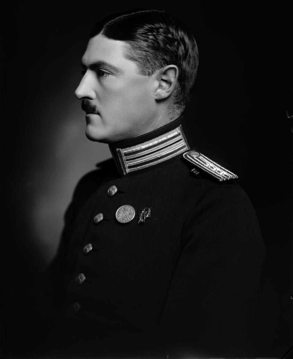 Kapten Åkerman