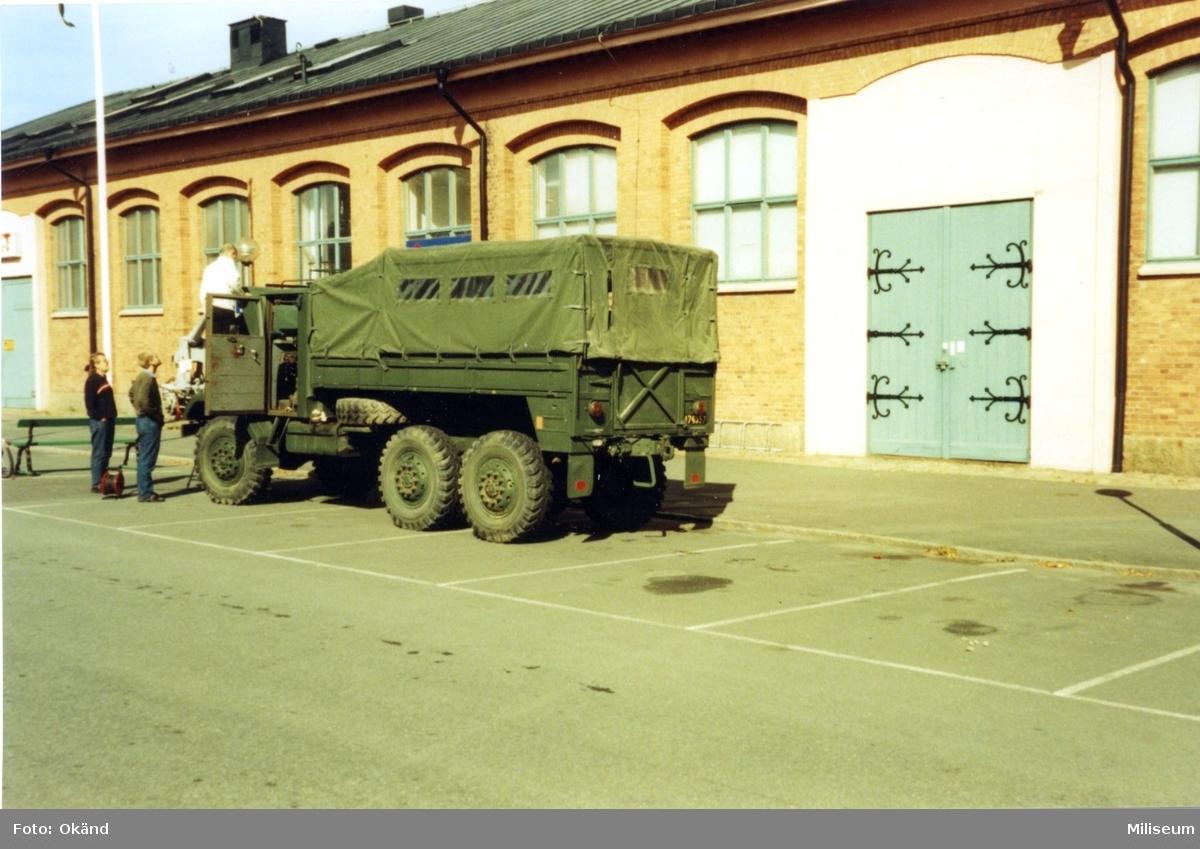 Lastterrängbil 934, Volvo. Utanför Försvarsmuséet, Jkpg.