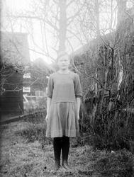 Hildur Sjöberg från Fröslunda, Altuna socken, Uppland 1922