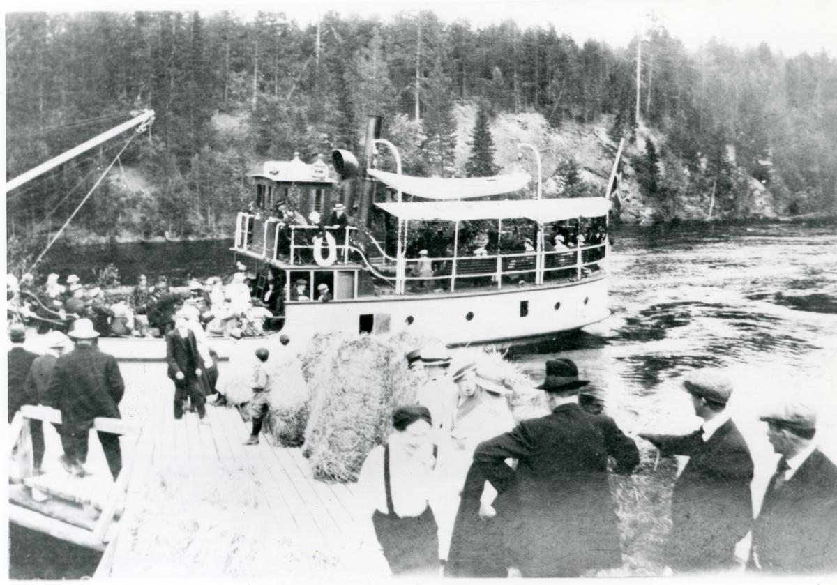Dampbåten Bægna ved Sørum brygge i Sør-Aurdal, 1917-