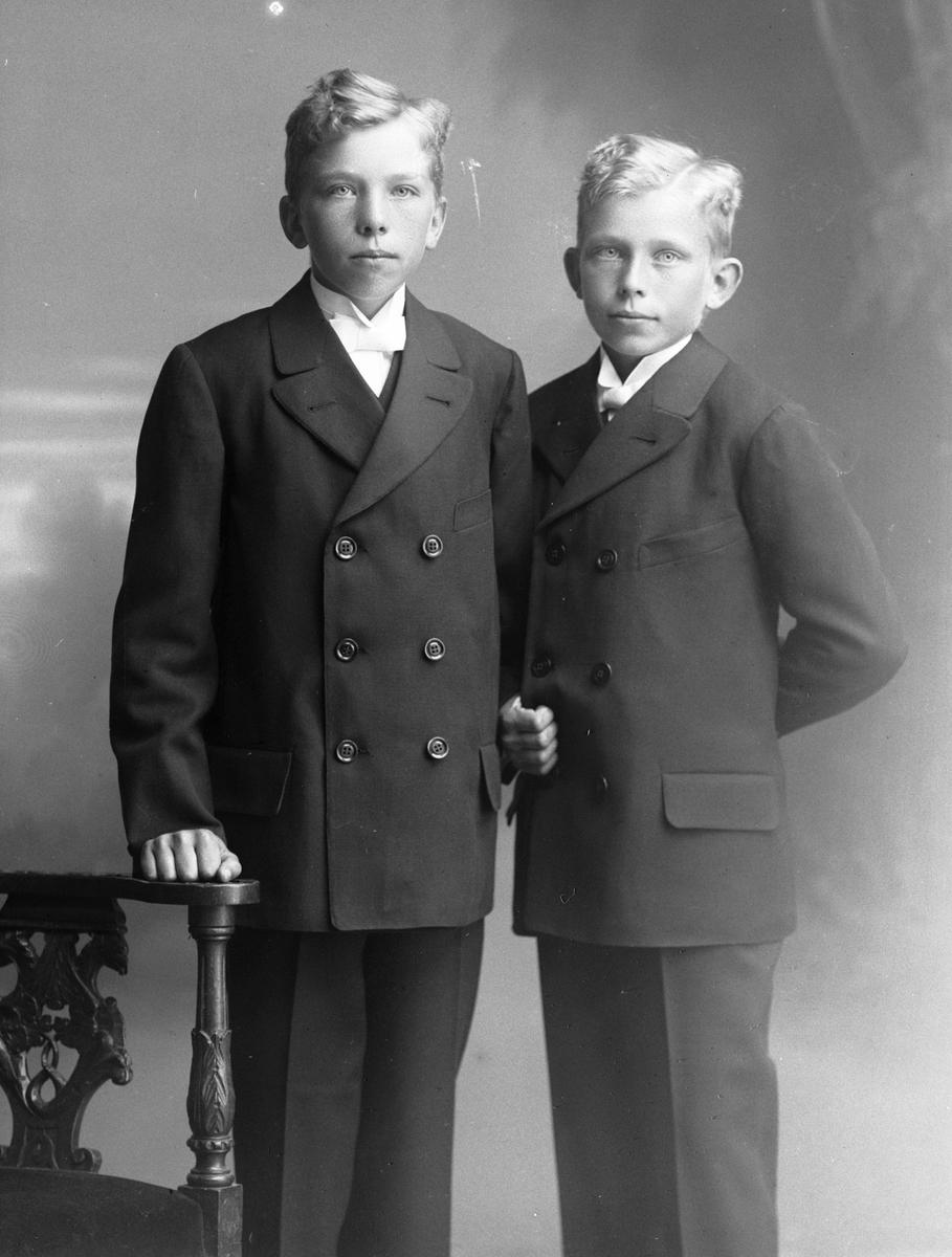 Herbert och Axel Högberg, Göksnåret, Lövstabruk
