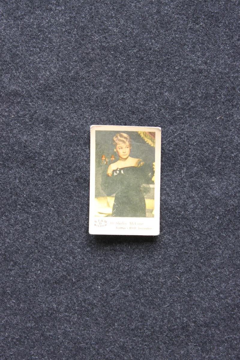 Filmstjärnebild  med foto föreställande Shirley Mc Laine