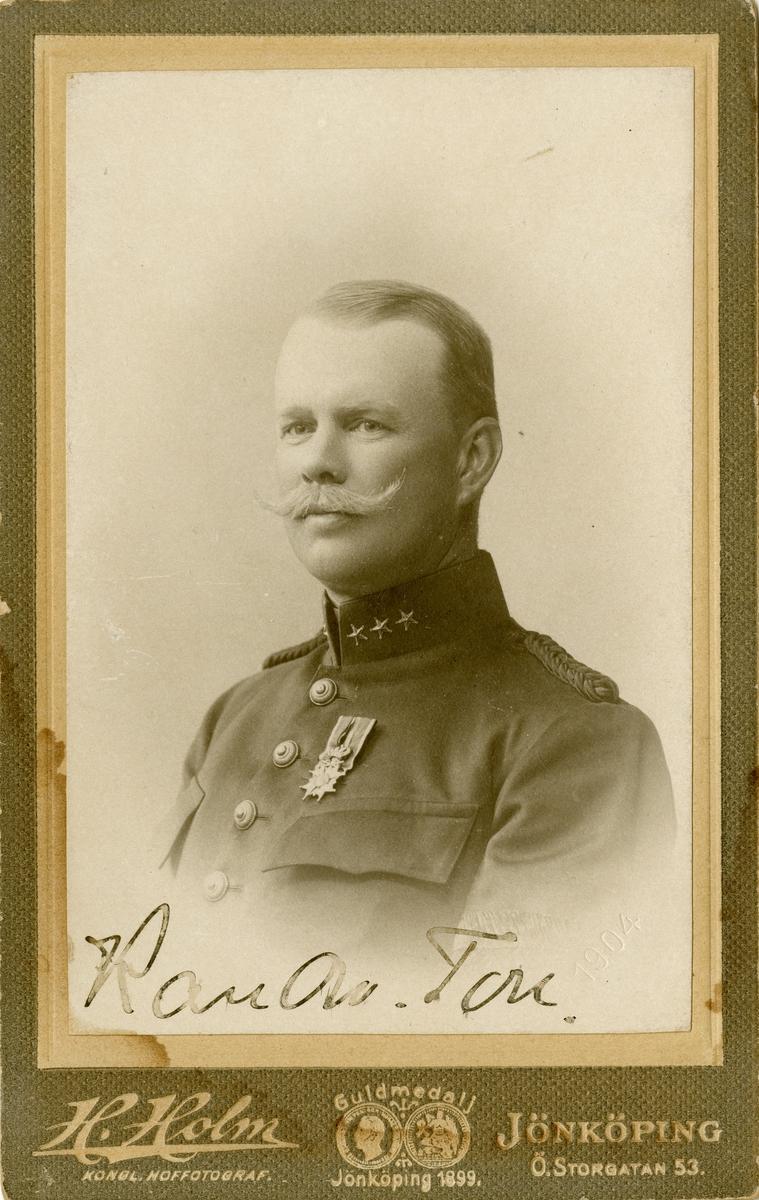 Porträtt av Karl Osvald Toll, officer vid Smålands artilleriregemente A 6.