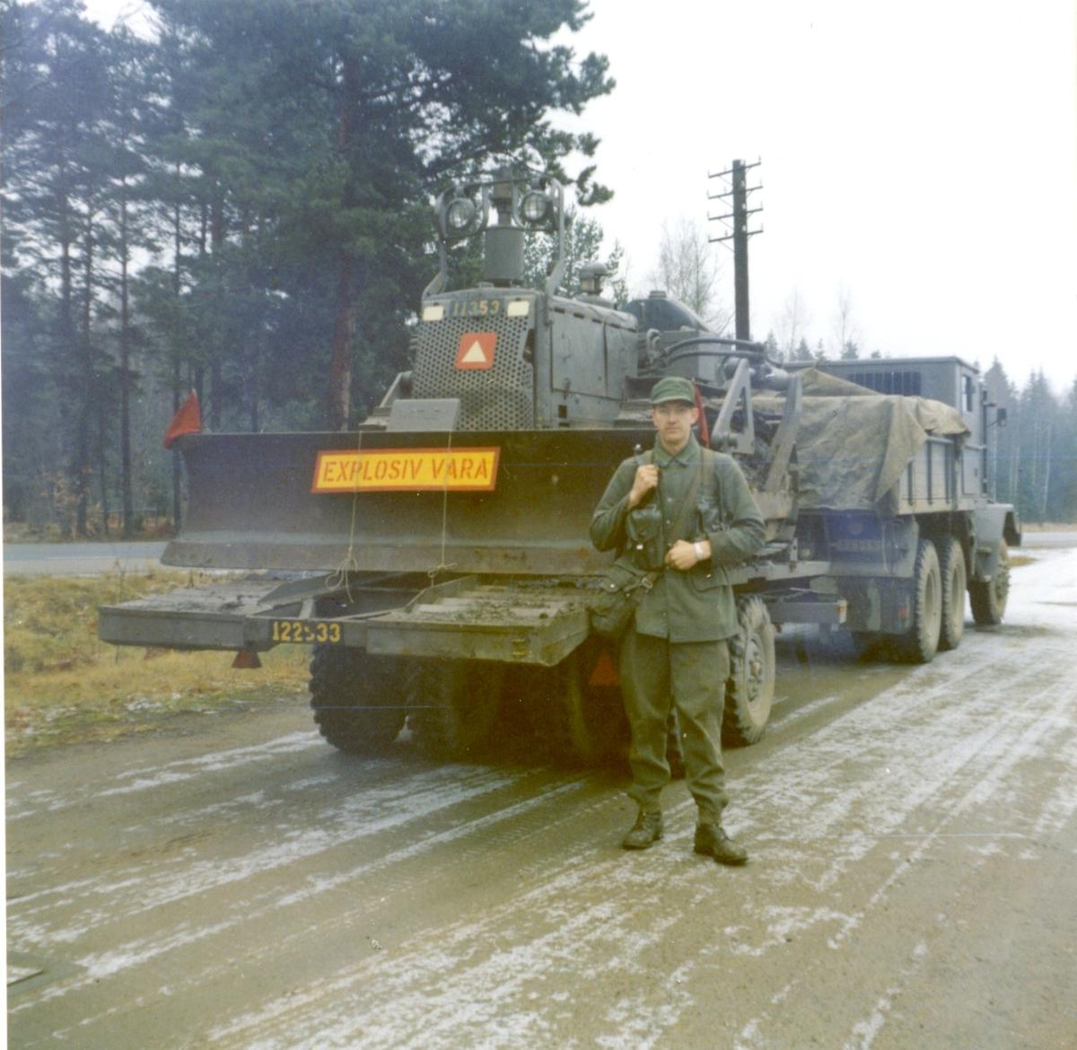 Lastterrängbil 957F. Scania Övning i Halmstad-trakten. A 6.