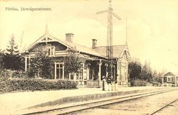 Förlösa järnvägsstation.