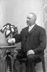 Trädgårdsmästare A. Karlsson,kring sekelskifte 1800-1900.