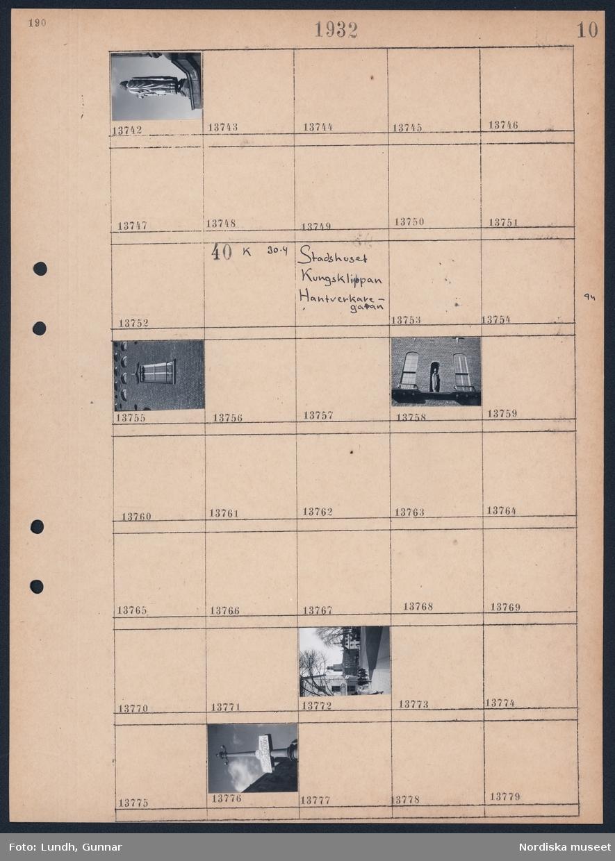 """Motiv: Utsikt från Stadshustornet, Klara Strand; Staty.  Motiv: Stadshuset, Kungsklippan, Hantverkaregatan; Detalj av byggnad, stadsvy, stolpe med skylten """"Drosk station""""."""