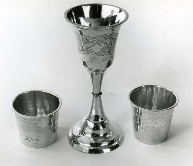Delar ur Helge Nords silversamling. Silversmed Erik Regnman (ER) 1820 - 1839.