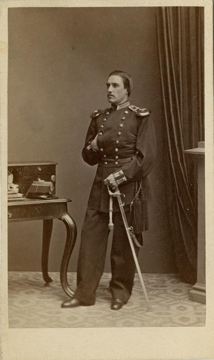 Porträtt av underlöjtnant vid Kronobergs regemente I 11.