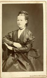 Kabinettsfotografi: fru Hilma Jagenberg, född Lindberg