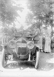 Stockholmsbilen med främmande hos Rollins i Sävasta, Altuna
