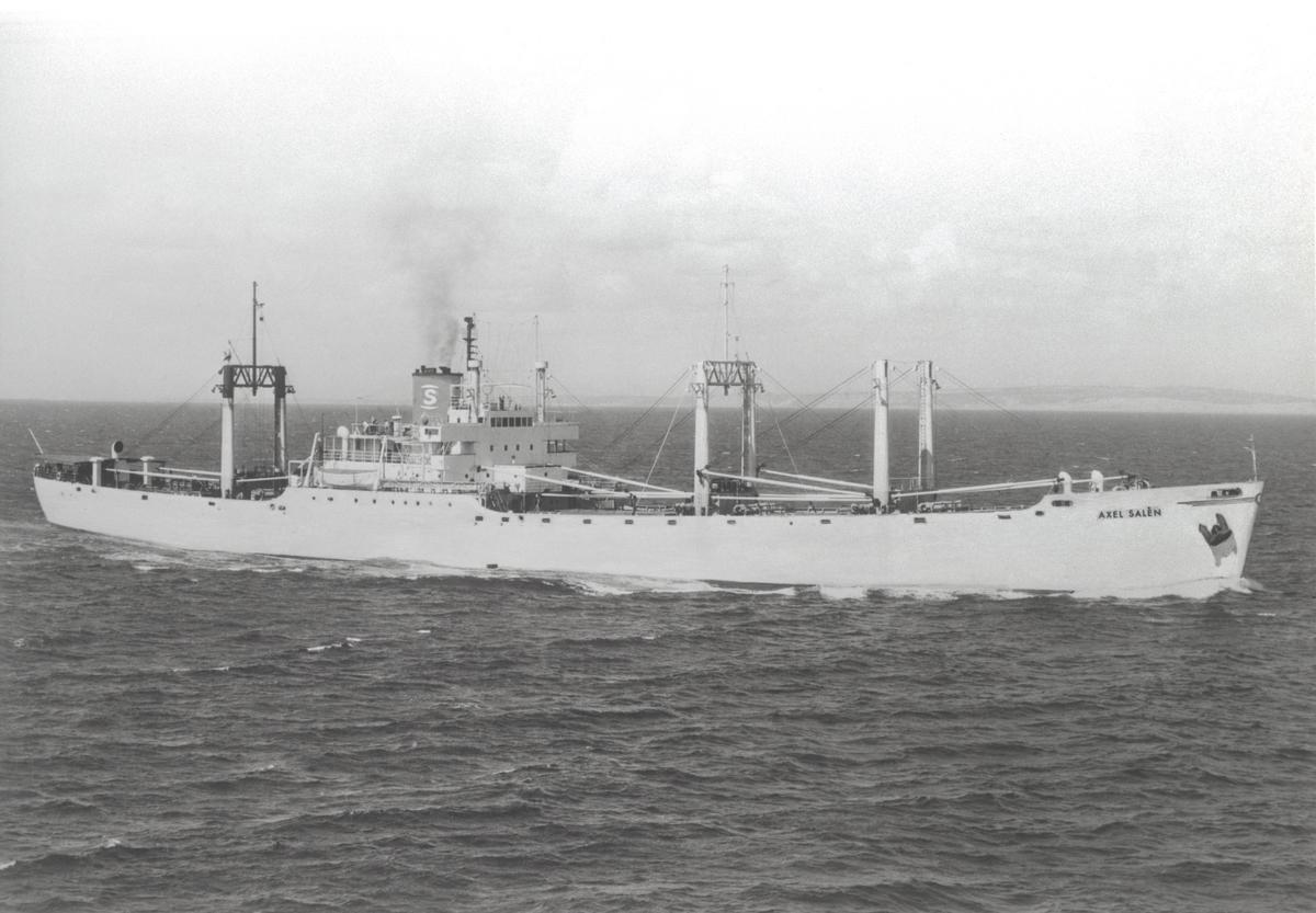 Nr. 33 ms AXEL SALÉN. Byggd 1940 i Tampa, FL, som SEA WITCH för U.S. Lines, NY. 1945 Övertaget av U.S. Maritime Commission. 1946 Inköptr av Caribbean Land & Shipping Corp. Panama. 1947 Inköpt av RAB Pulp, omdöpt till AXEL SALÉN. 1951 Såld till Hagbord Dennel, Sthlm, omdöpt till BASTÅSEN.