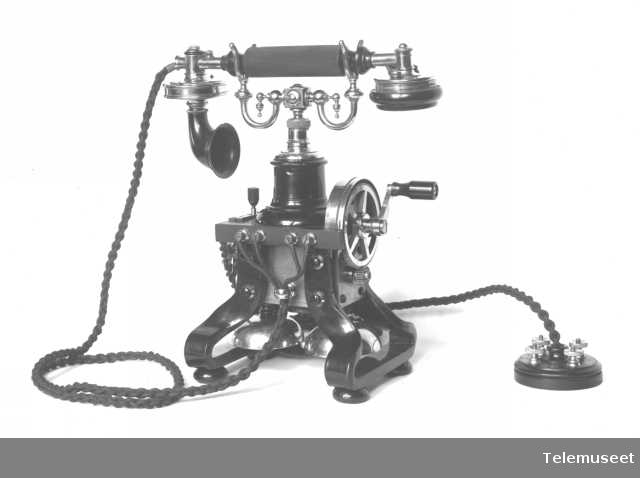 Telefon, bordapparat, Ericsson, Bjerknes. 1.12.17. Elektrisk Bureau.