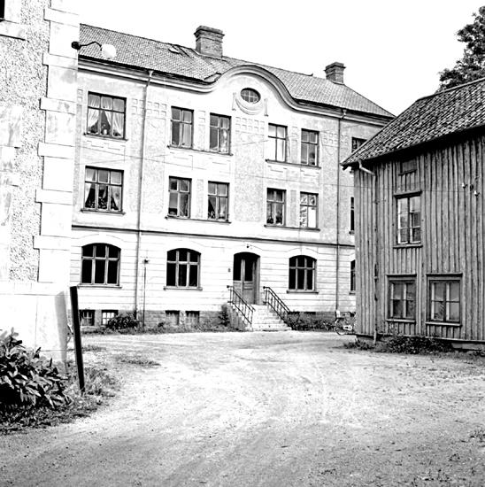 Skara. Kvarteret Jupiter nr. 12, 13.Skolgatan 13. Gårdshuset, södra fasaden.