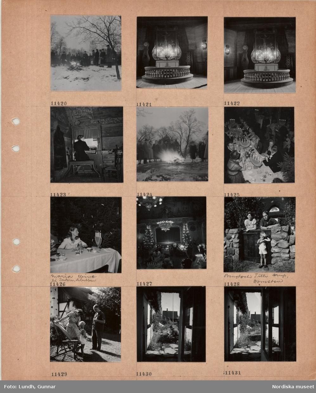 Motiv: En grupp personer står runt en eld utomhus i snö, altare med tända ljus, altartavla, skrank, golvur, en kvinna spelar på en mindre kyrkorgel, festklädda män och kvinnor sitter vid långt bord med kaffekoppar och glas, tända ljusstakar, kvinna, Maria Wine på Intern. klubben, sitter vid bord med kaffekoppar och glas, interiör restaurang med gäster vid bord, julgranar med tända ljus, scen med ridå, servitör, en kvinna och en man, Titti och Bengt Orup, Domsten, lutar sig mot en grind, liten pojke står framför, kvinna, pojke och man vid solstol i trädgård, man och barn tittar på en rabatt, utblick mot trädgård mellan två huslängor.