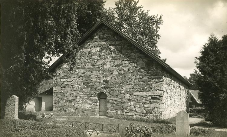 """Enligt Bengt Lundins noteringar: """"Gavel på Ljungs gamla kyrka""""."""
