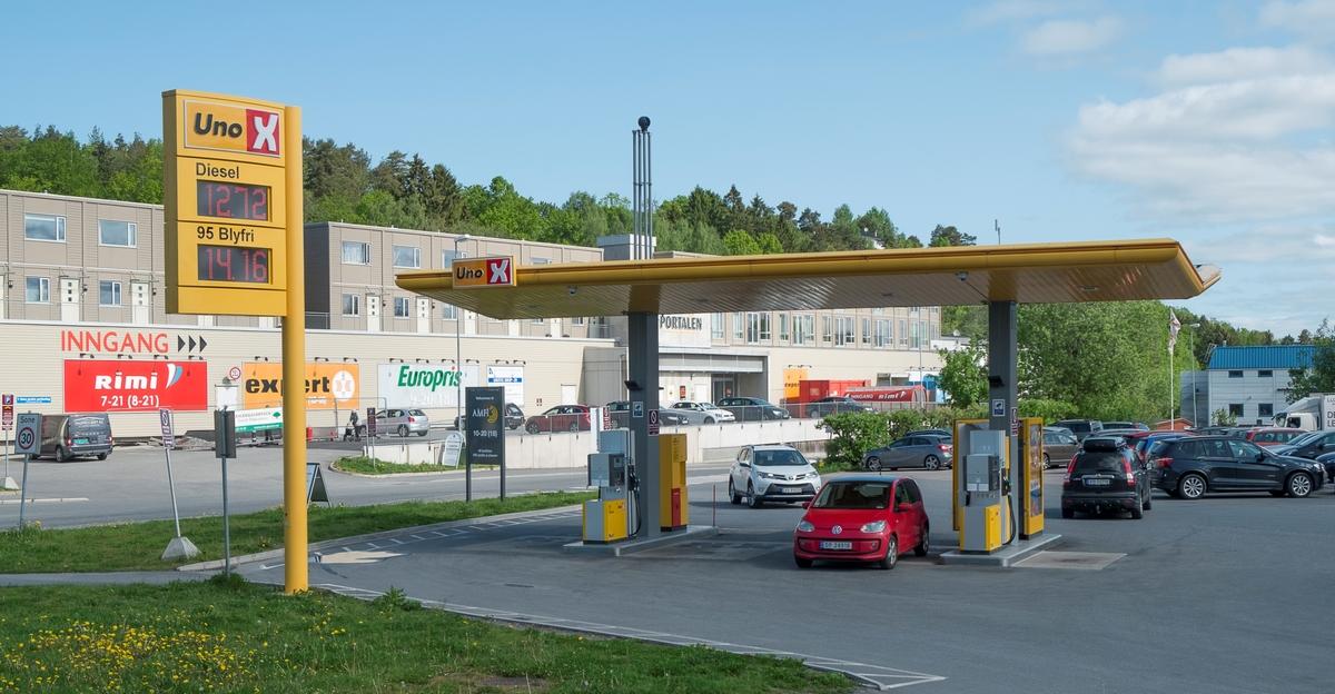 Uno X bensinstasjon Holterveien Drøbak Frogn