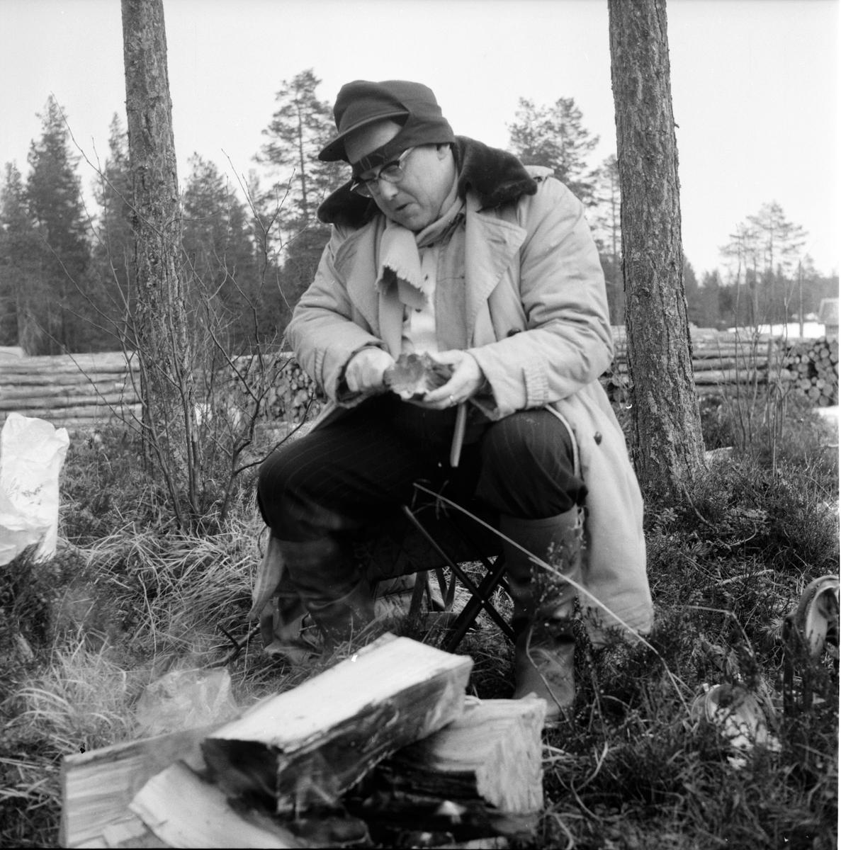 Hälsen, Fiske på is, S. Weit, Johan Svärd, P.W. Häger, 28 Mars 1961