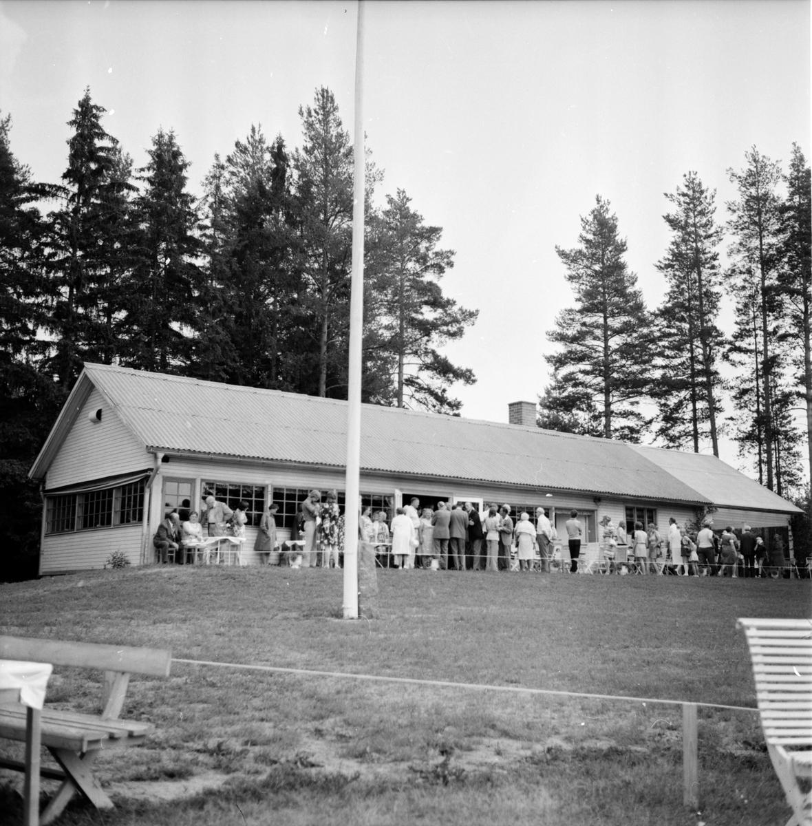 Fagernäs. Familjegudstjänst med Bäckmora, Juli 1973