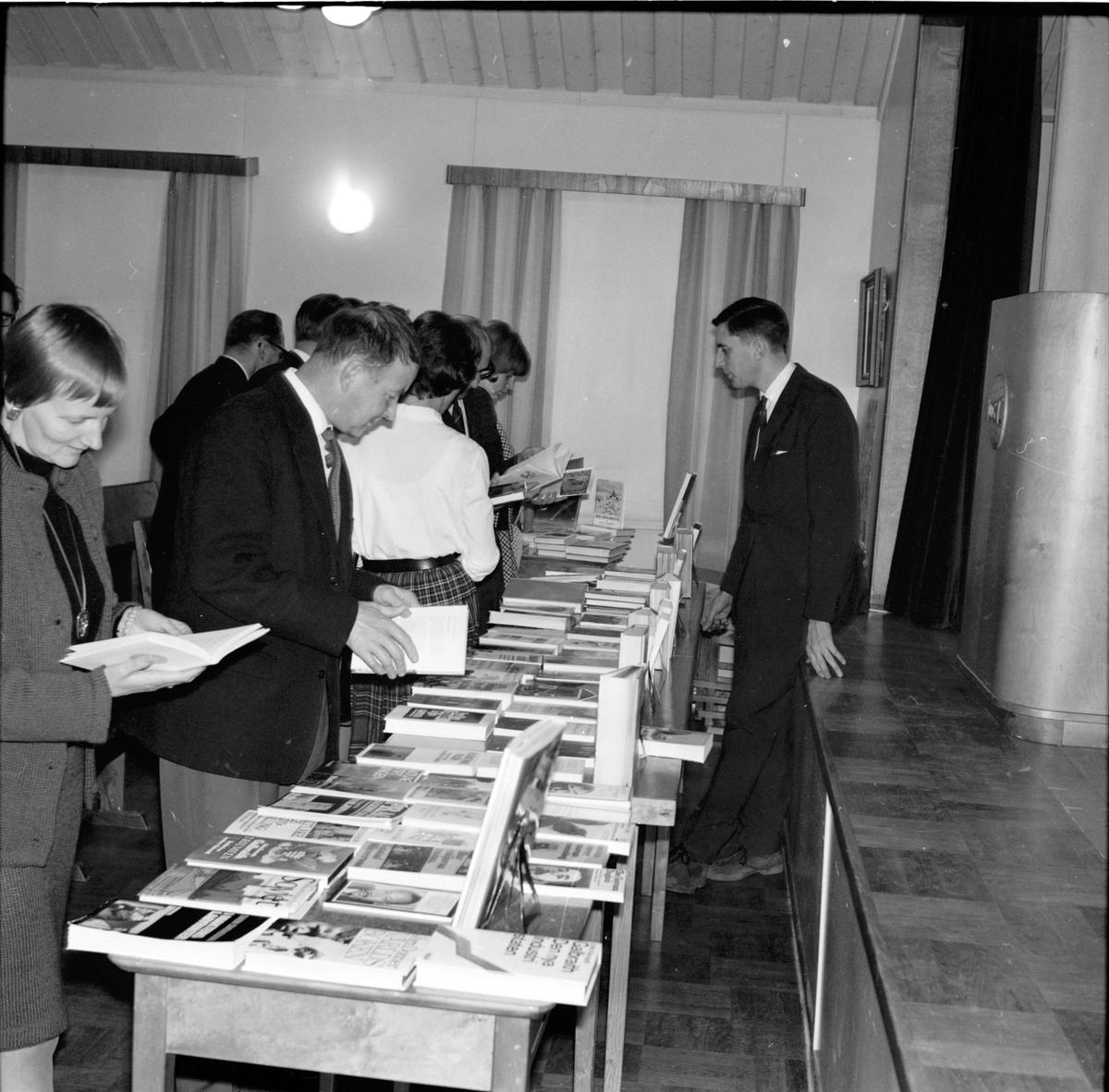 Arbrå, Bokafton i Flästa, November 1968