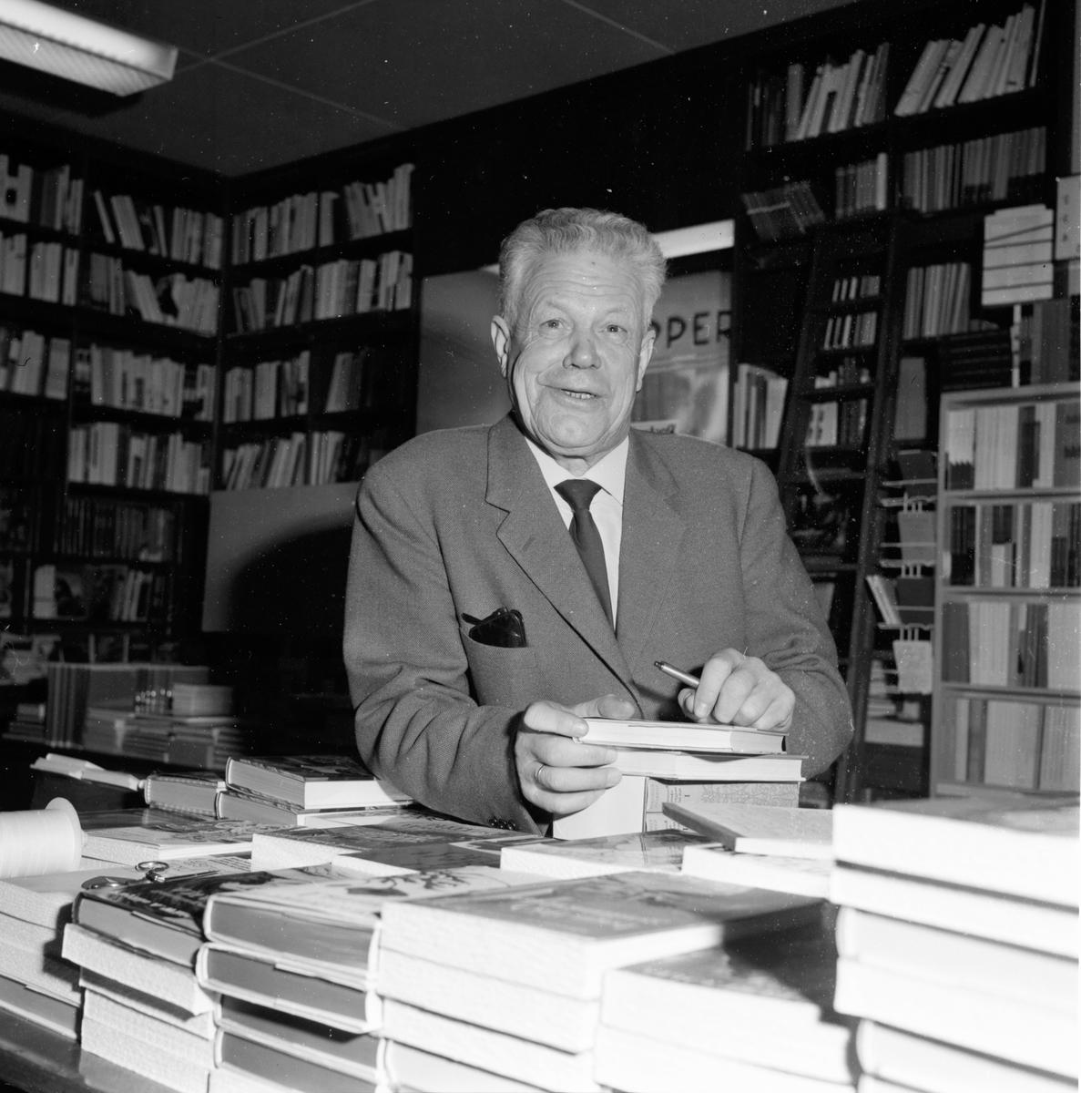 Palmberg Edvin. Bokhandel Helins. 10/11-1965