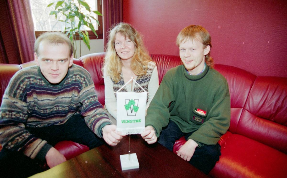 Gruppebilde, Akershus Venstre. Fra venstre: Hans Antonsen, Lisbeth Bøhler og Trond Idar Kjærnsmo.