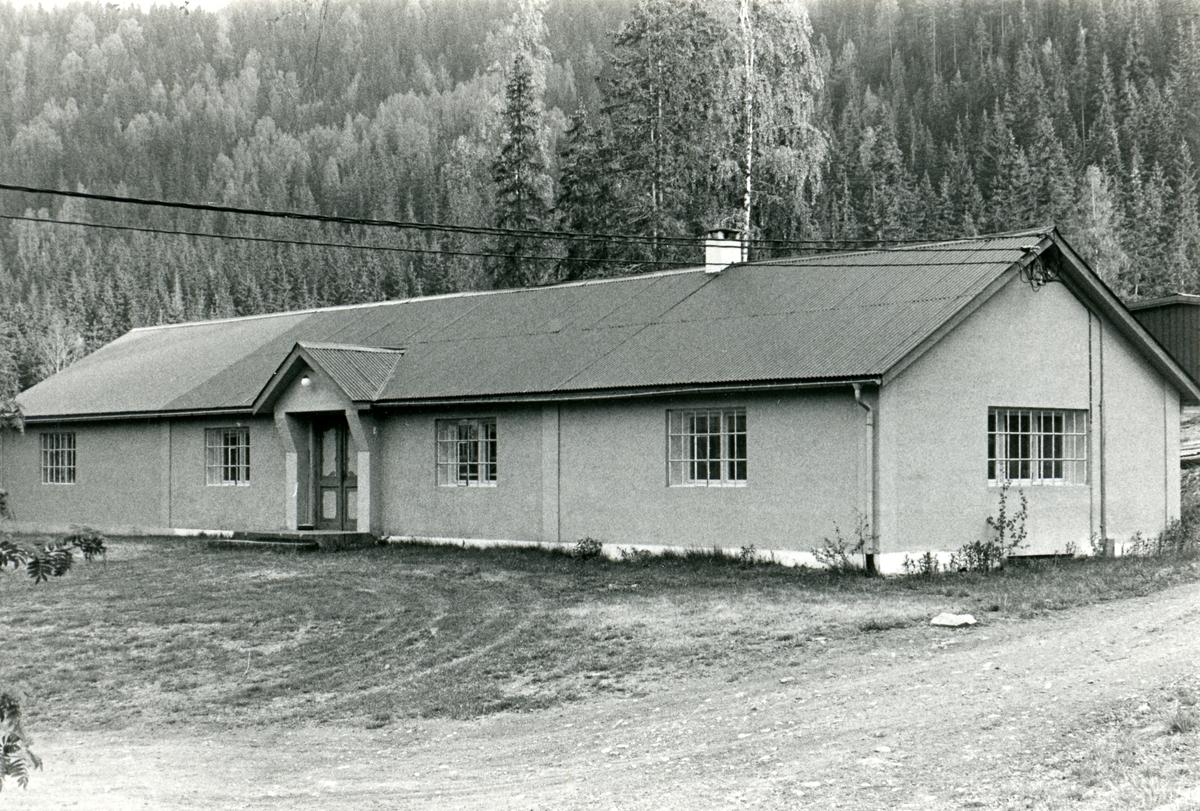 Administrasjonsbygget på Bagn Bygdesamling.
