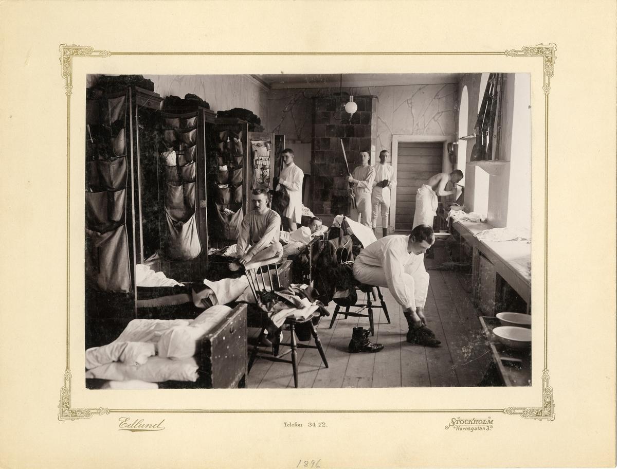 Kadetter i logementet på Karlberg år 1895-1896. För namn, se bild nr. 3.