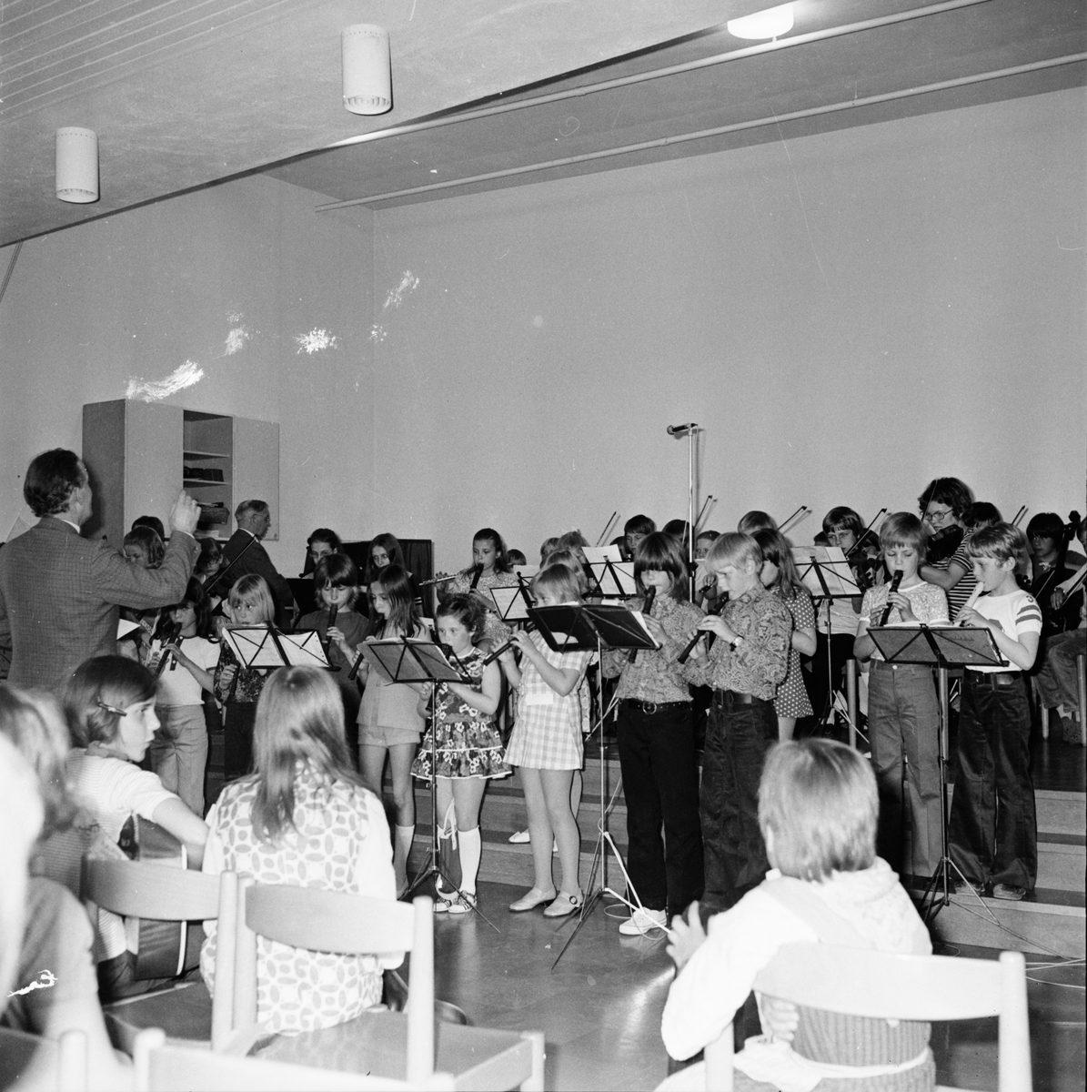Musikavslutning i centralskolan. Vårterminen 1972