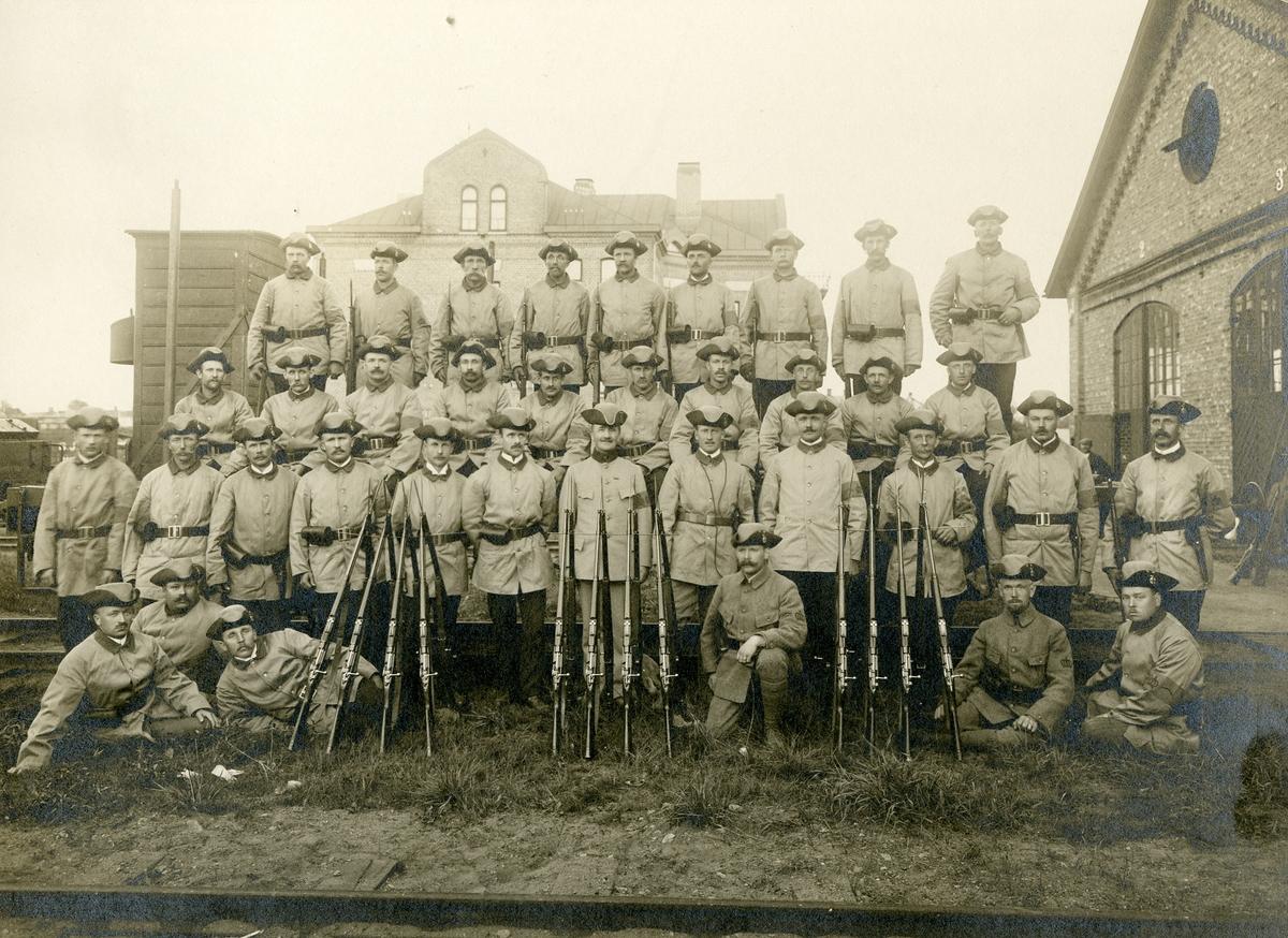 Mobiliseringen av landstormsmän i Åmål augusti 1914.