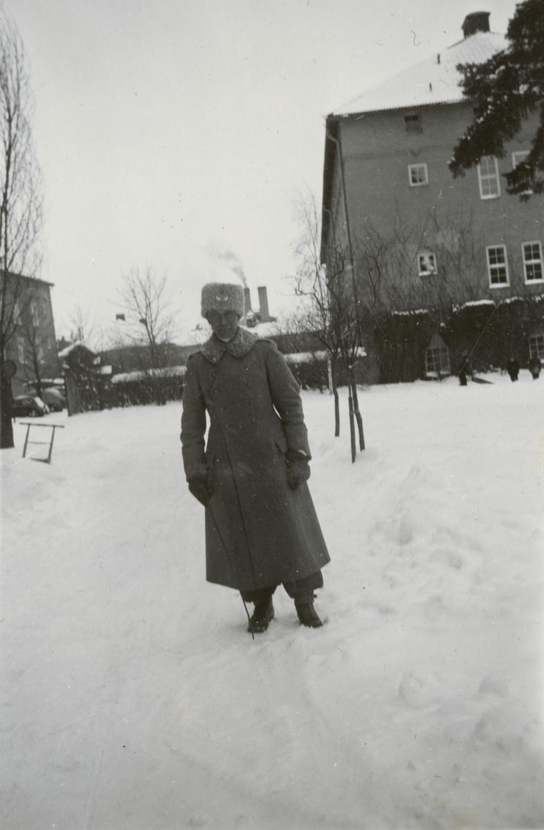 Vinterbild med en soldat från Södermanlands regemente I 10.