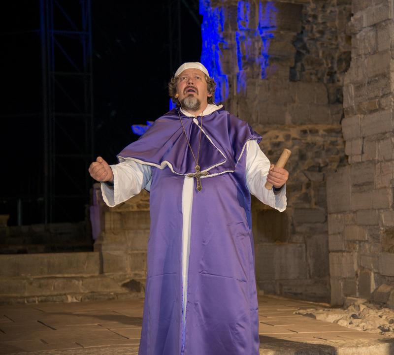 Biskop Mogens er fortvilet.