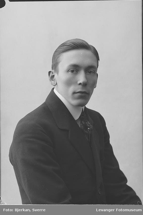 Portrett av Arthur Skille.