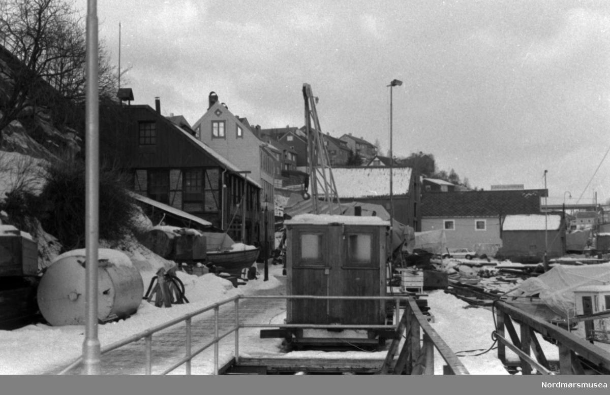 Mellemværftet, Vinter ca 1995. Fra Nordmøre museums fotosamlinger.