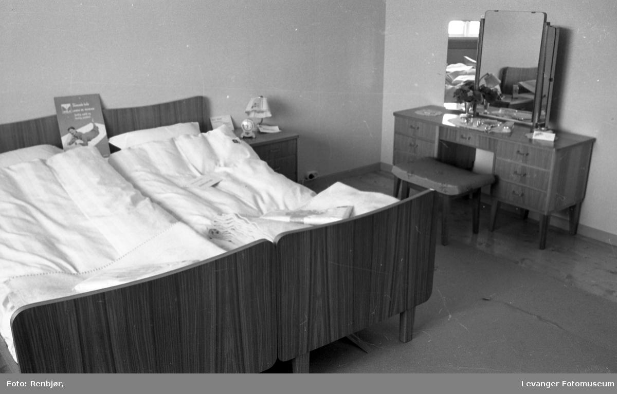 Soverom interiør, fra Bo-utstilling