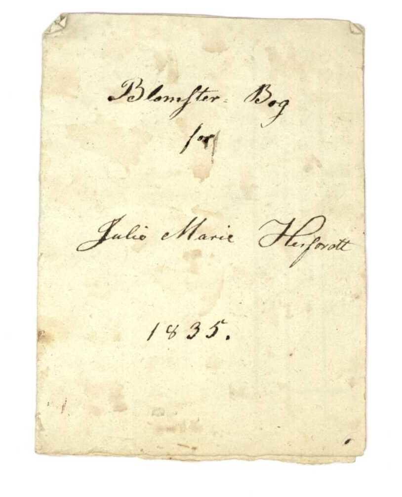Papir med håndskrift.