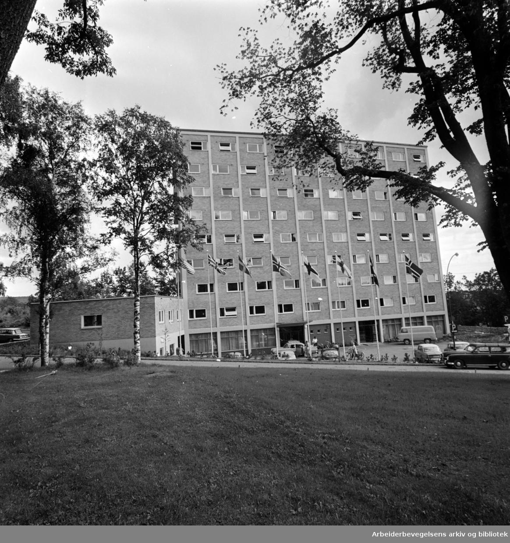 Studentbyen på Sogn.Eksteriør. September 1962