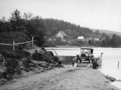 Fotoalbum etter fotograf Erling Johan Schjerven. Fotografier