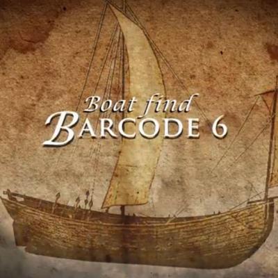 """Forside til film om båtfunnet Barcode 6: brun trebåt med ett seil, tekst """"Boat find Barcode 6""""."""