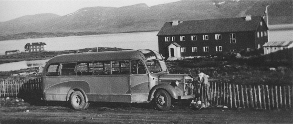 E-15595 var den første bussen på Haugseter sommeren 1954.